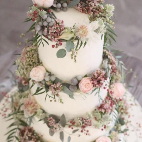 esküvői torta magyar