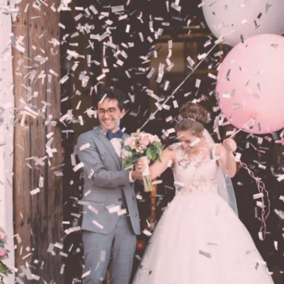 esküvői trend lufi