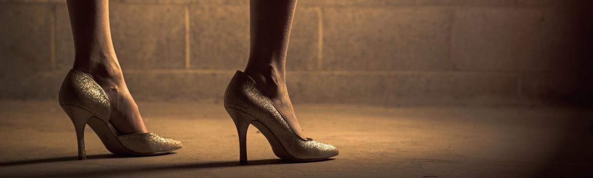 """""""Én határozom meg az értékem, nem a cipőm!"""" – A magas sarkú rabságában"""