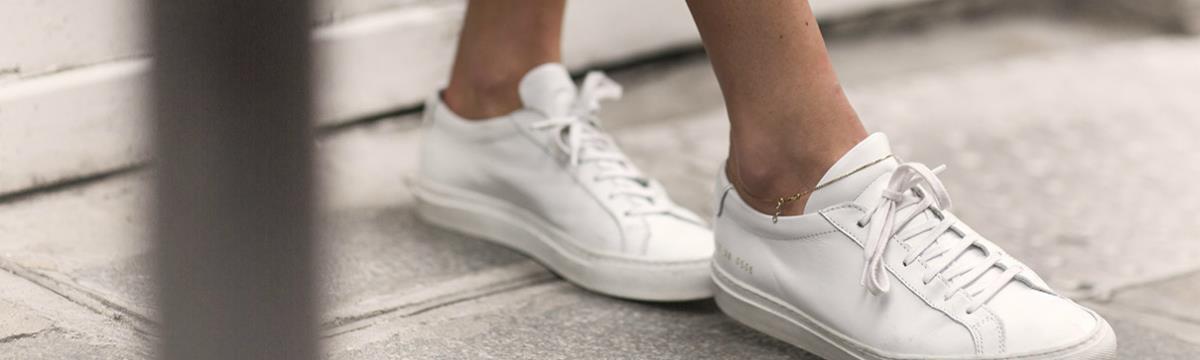 Így ragyogjon mindig a fehér tornacipőtök!