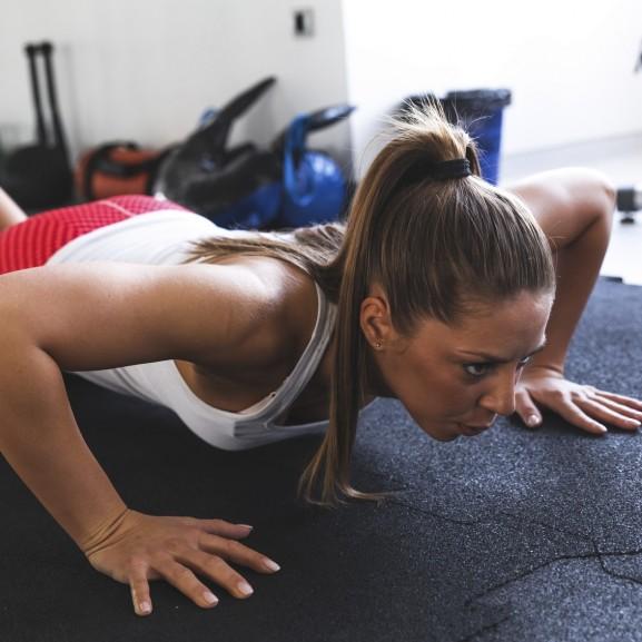 fekvőtámasz edzés tréning