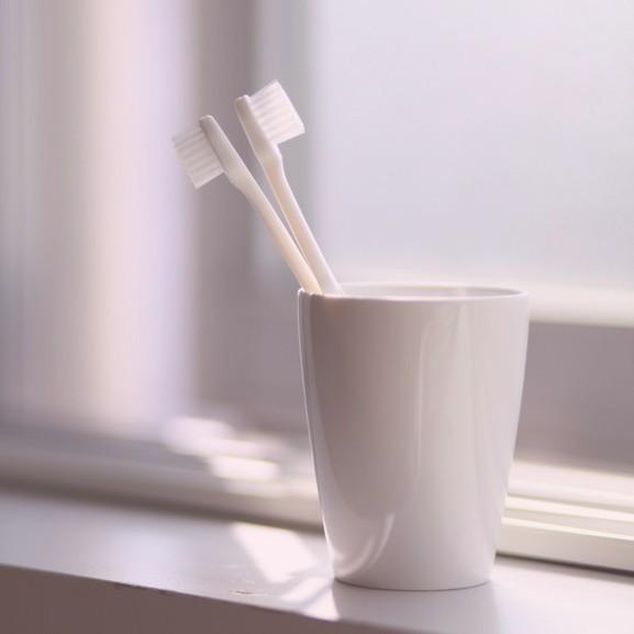 fogkefe pohár fürdő