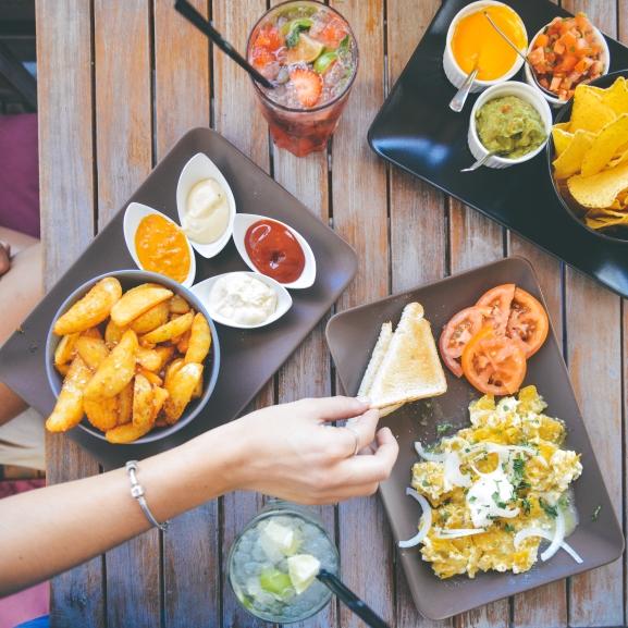 Új irány: diétázzatok kajapornóval!