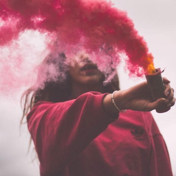 füst lány