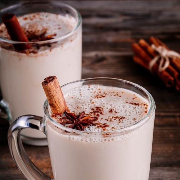 fuszeres-forro-ital-feher-csokival (1)
