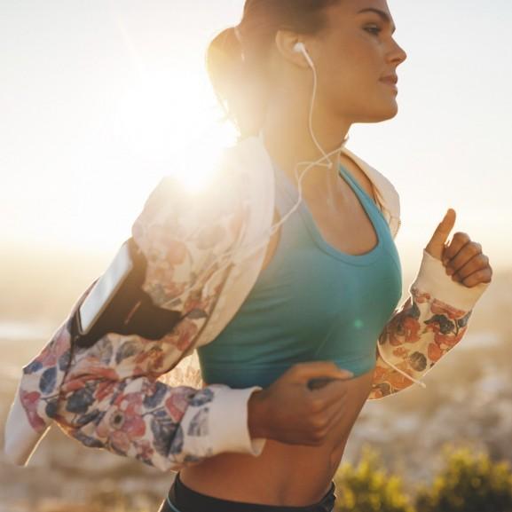 futás lány jótékony hatás