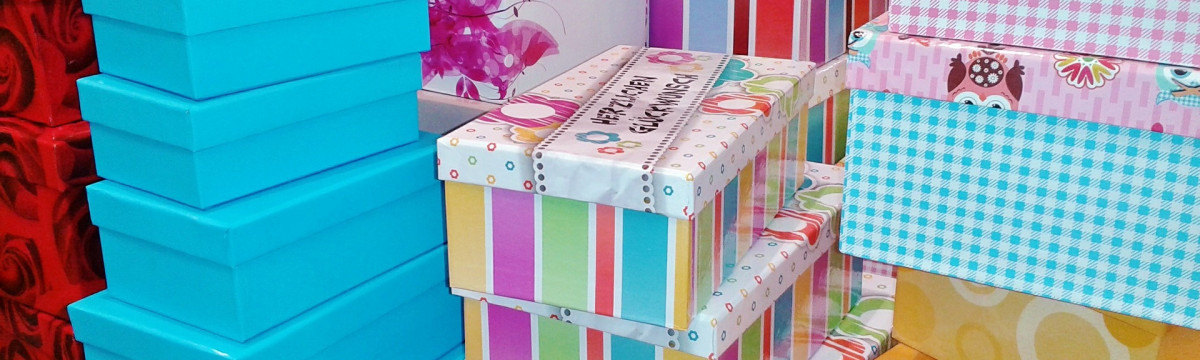 gift-boxes-476357_1920