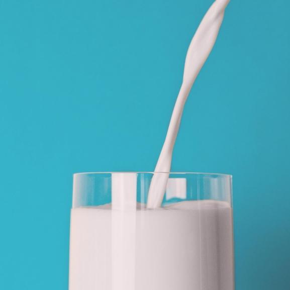 Élet a tejen túl: zabtej és szójatej