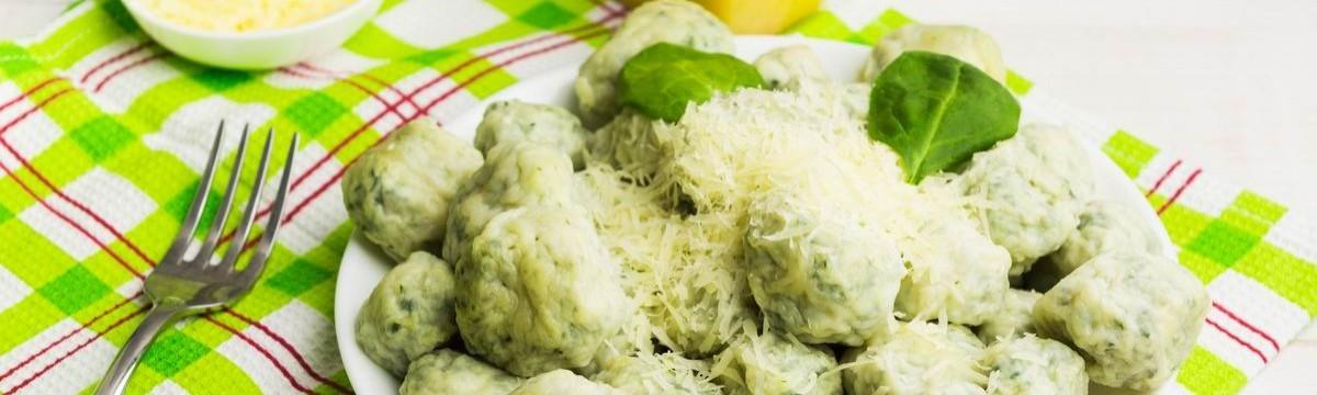 Gnudi spenótos-ricottás olasz recept meztelen ravioli