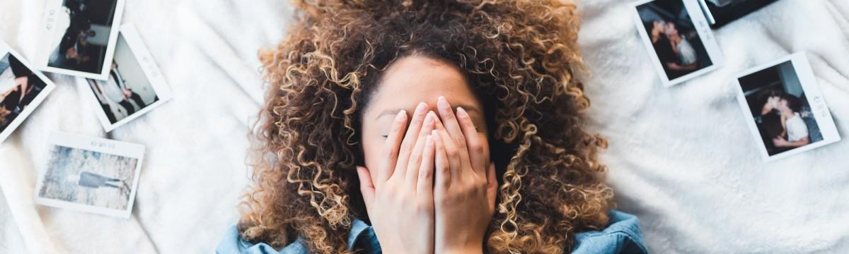 göndör haj lány