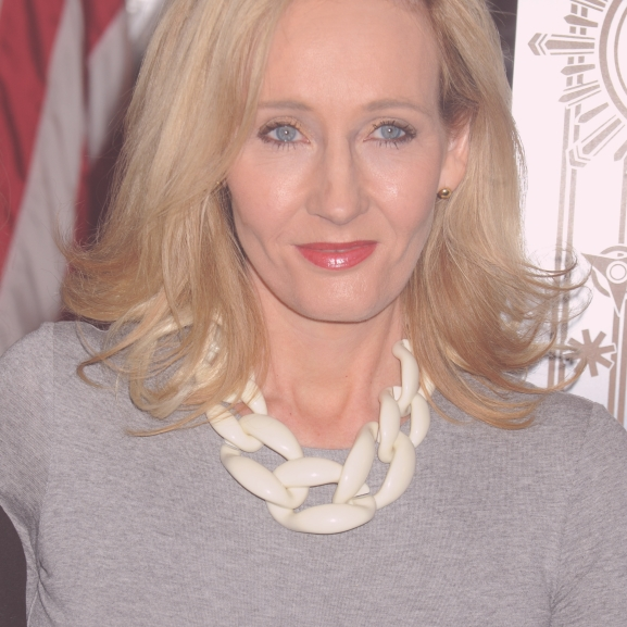 Minden kezdet nehéz! J.K. Rowling saját kudarcaival motiválja rajongóit