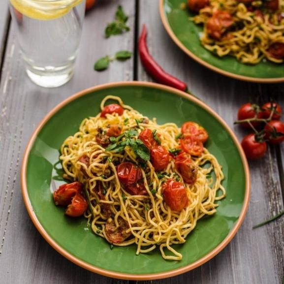 gyors-paradicsomos-spagetti-ami-jokedvre-derit
