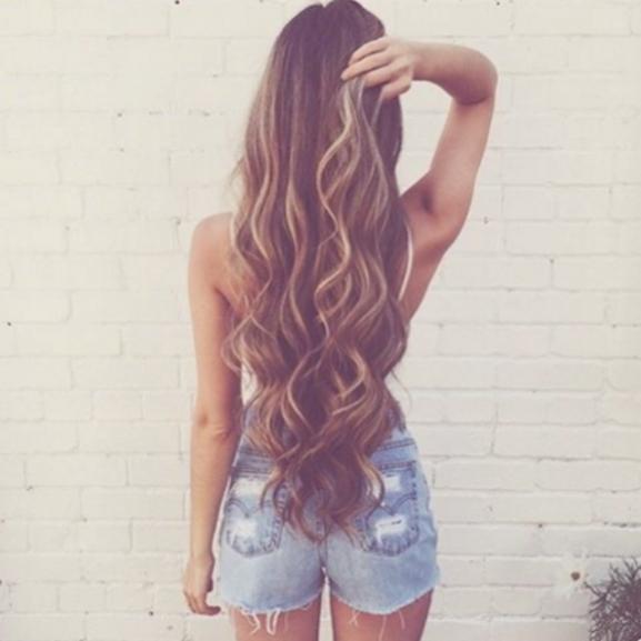 Így viseljétek a hosszú hajat a 20-as, a 30-as és a 40-es éveitekben!