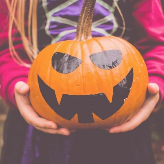 halloween-tok-mosoly-vicces-ijeszto
