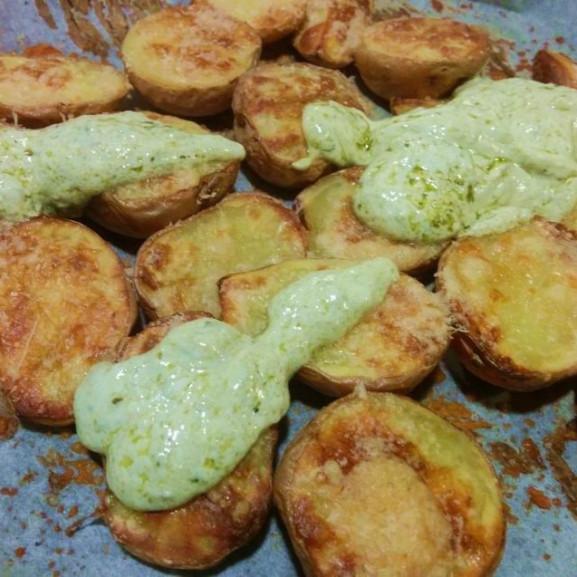 hejaban-sult-krumpli-pestoval-es-parmezannal