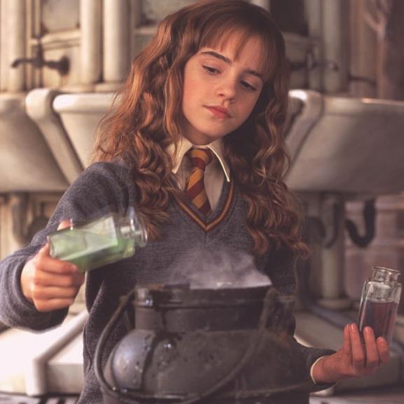 Mardekárossá photoshopolták Hermione Grangert!