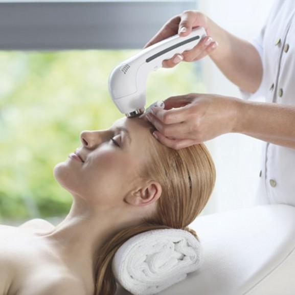 High Care Cosmetics ünnepi testkezelései.