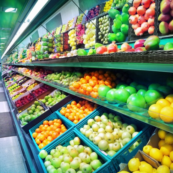 hipermarket bevásárlás gyümölcsök