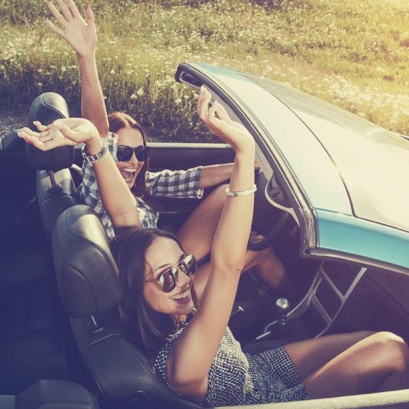 Mert a nőket nem csak az ékszer díszíti – A VOUS olvasói és csajos autóik