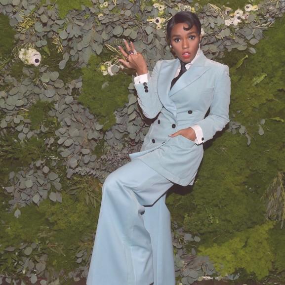 Janelle Monáe vörös szőnyeg divat trend