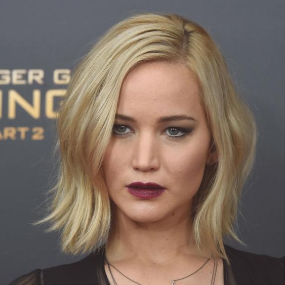 Lehet, hogy Az éhezők viadala utolsó része nem jó, de Jennifer Lawrence egyszerűen káprázatos