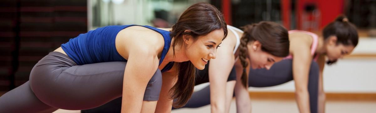 jóga gyakorlatok edzés nők
