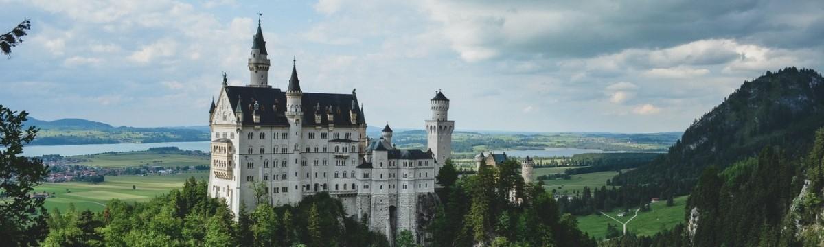 kastély palota vár