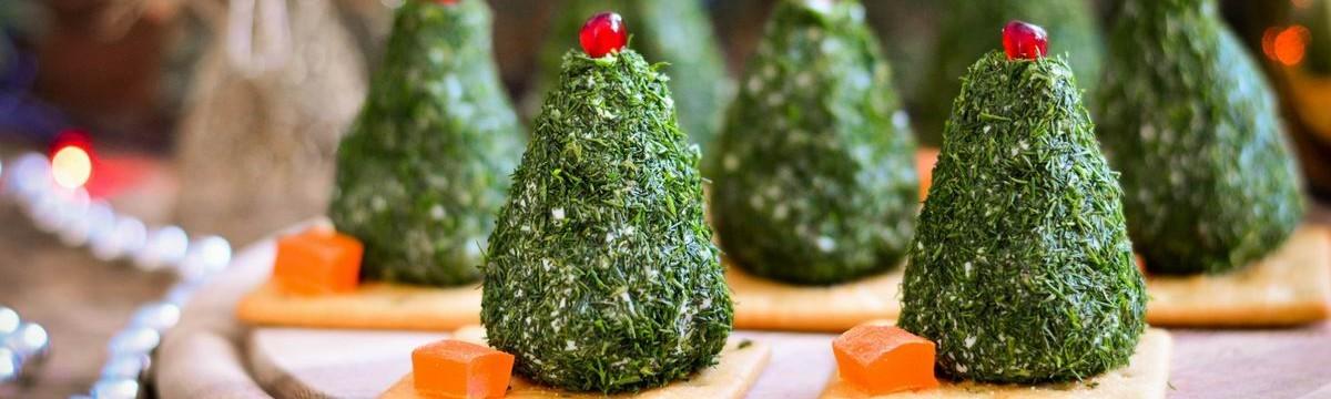 Kekszes-sajtos fenyő, a jópofa karácsonyi partifalat