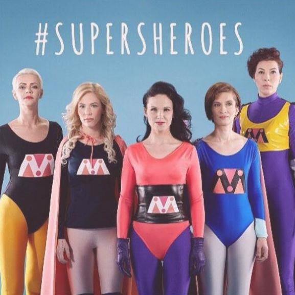 Áldozatokból szuperhősök: ötletes kampány a családon belüli erőszak ellen