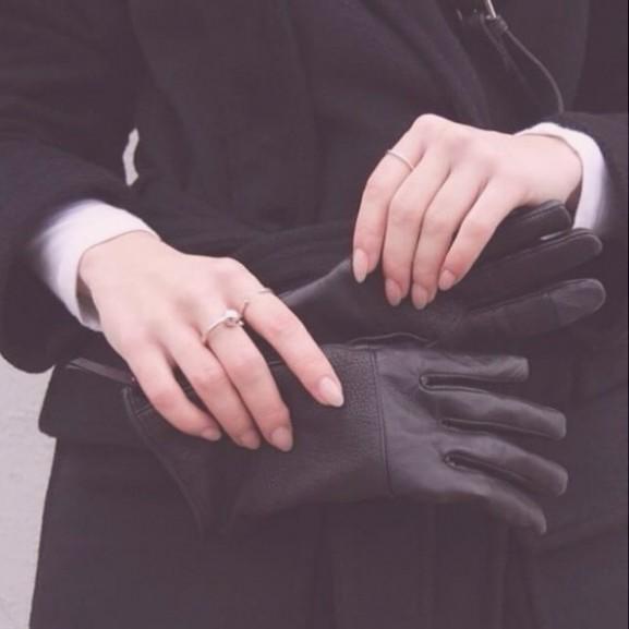 kesztyű tél köröm kéz