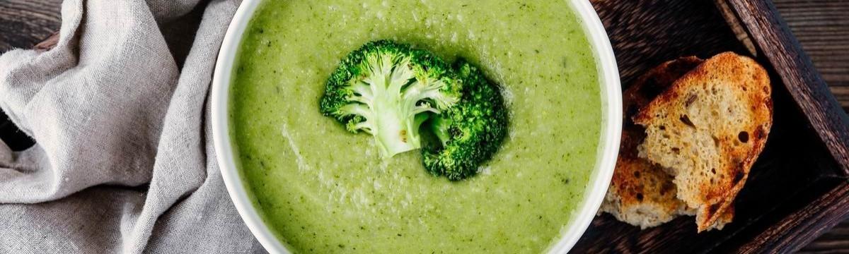 Legegyszerűbb brokkolikrémleves - ami olcsó, gyors és diétás is