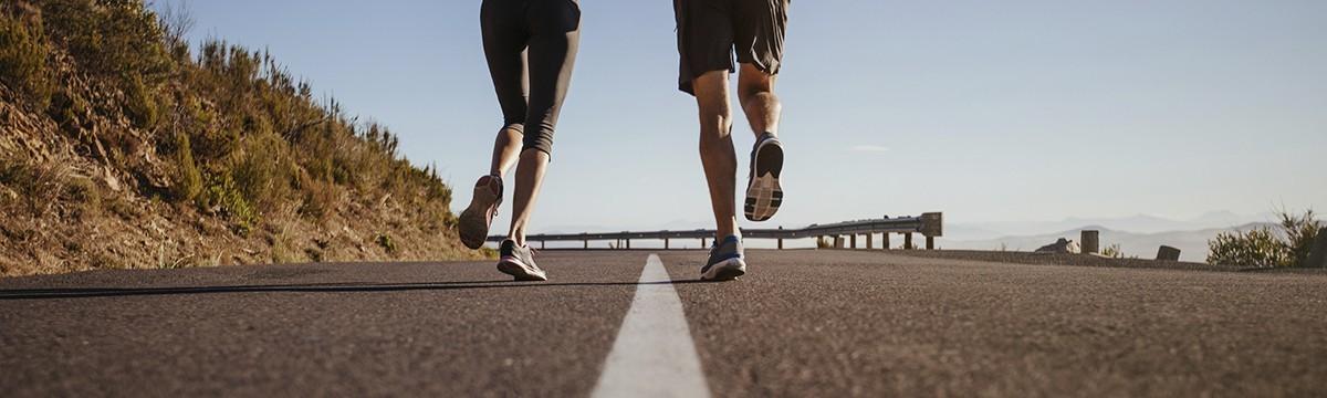 Lépjetek szintet a futásban! - Hogyan lesz a 6-ból 10, majd 21 kilométer? nő futás