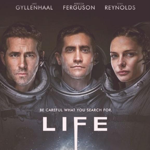 life-ryan-reynolds-jake-gyllenhaal-rebecca-ferguson