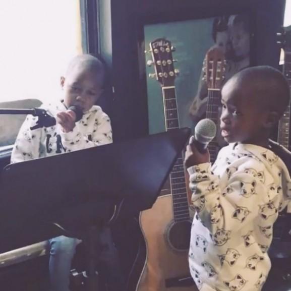 madonna ikrek éneklés