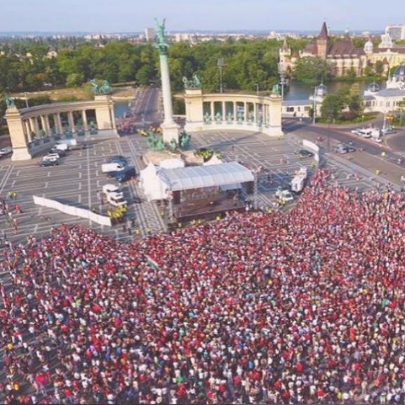magyar válogatott hősök tere