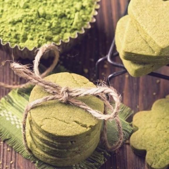 matcha-teas-omlos-keksz1 copy