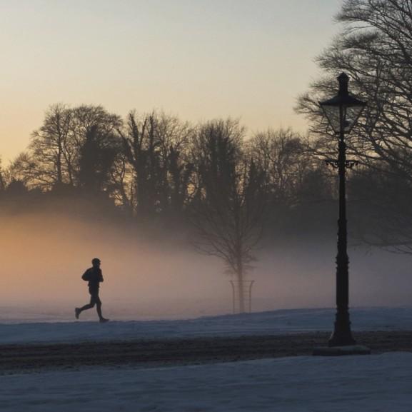 Megfázni csak az fog, aki nem jól készül fel - A legfontosabb tippek a téli futáshoz!