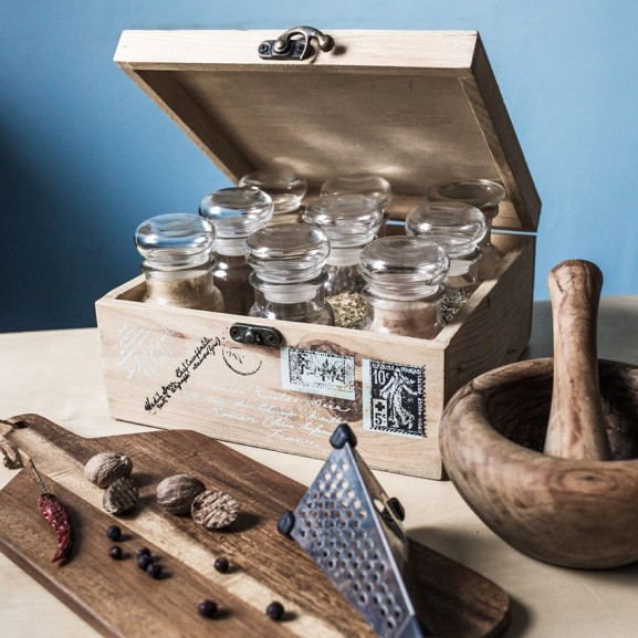 Mojzes Nóra Best of 10 fűszer és ízesítő, amivel minden kaját meg lehet menteni