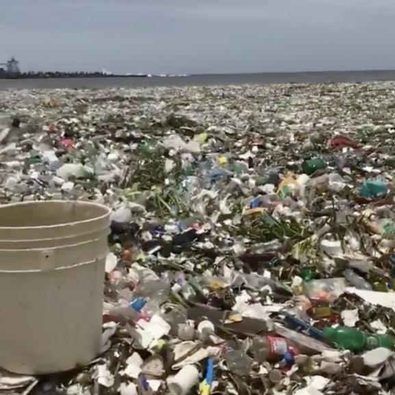 műanyagszennyezés