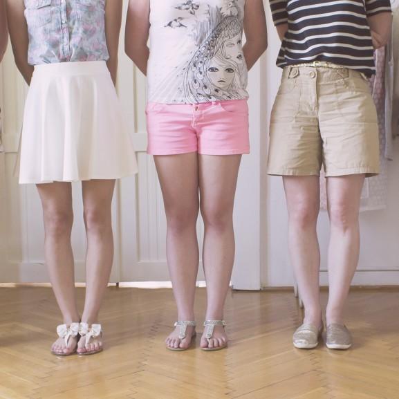 Na, de milyen lábakon járnak a VOUS-lányok? Íme! Engel Nóra