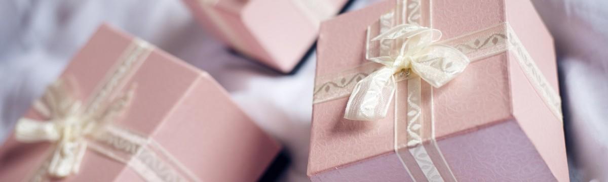 nászajándék esküvő