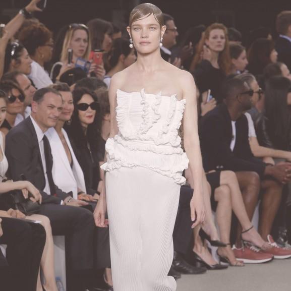 Natalia Vodianova modell kifutó