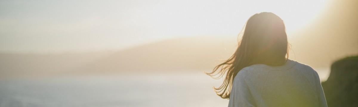 nő lány haj napsütés