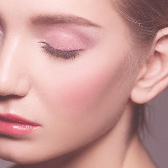 NORIE-tipp – Barna szeműek, ezekkel a színekkel készíthettek hozzátok illő sminket!