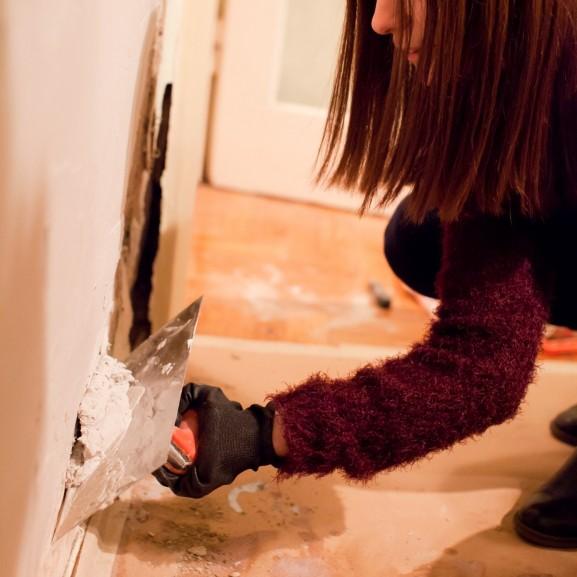 nsarkadi nikolett férfias munka nőként festő szoba festés