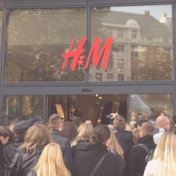 Idén ez a kollekció okoz majd hisztériát a H&M-ben