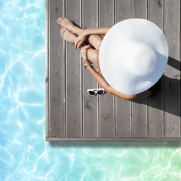 nyár napozás védelem bikini nyaralás kalap