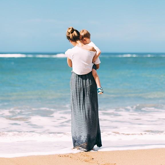 Nyílt levél a régi barátoknak az összes elmagányosodott anyukától