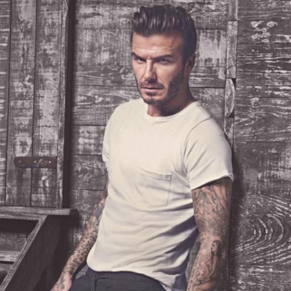 David Beckham szuperdögös a H&M új kampányában