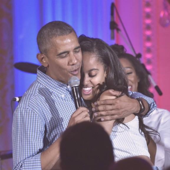 obama malia születésnap